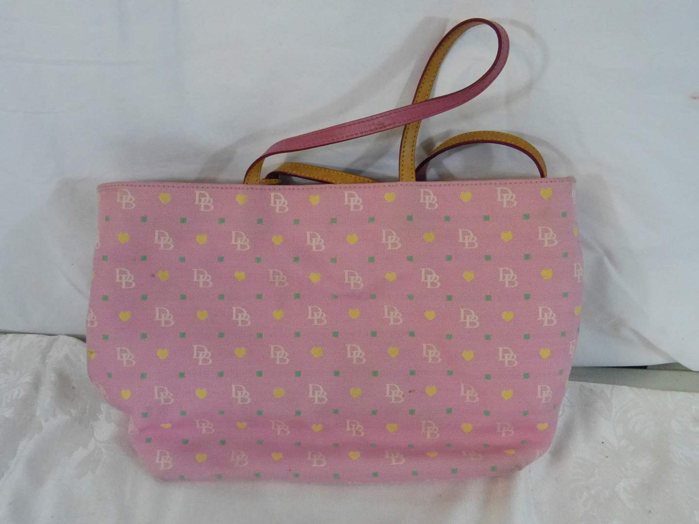 Lot # 280 Authentic Dooney & Bourke (lightly used) Tote (main image)