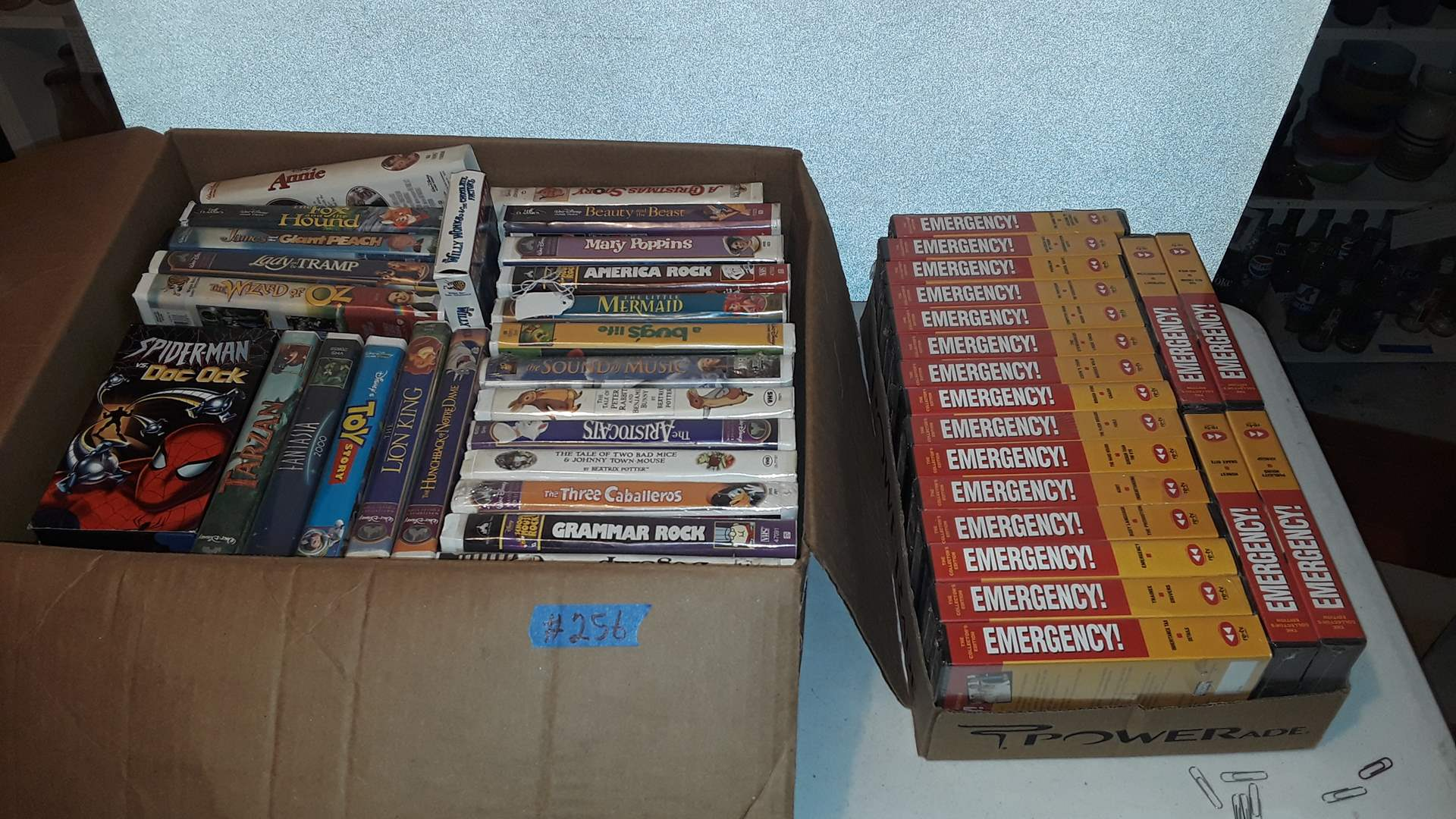 Lot # 256 VINTAGE EMERGENCY TV SHOW VCR TAPES, MIXED VCR TAPES