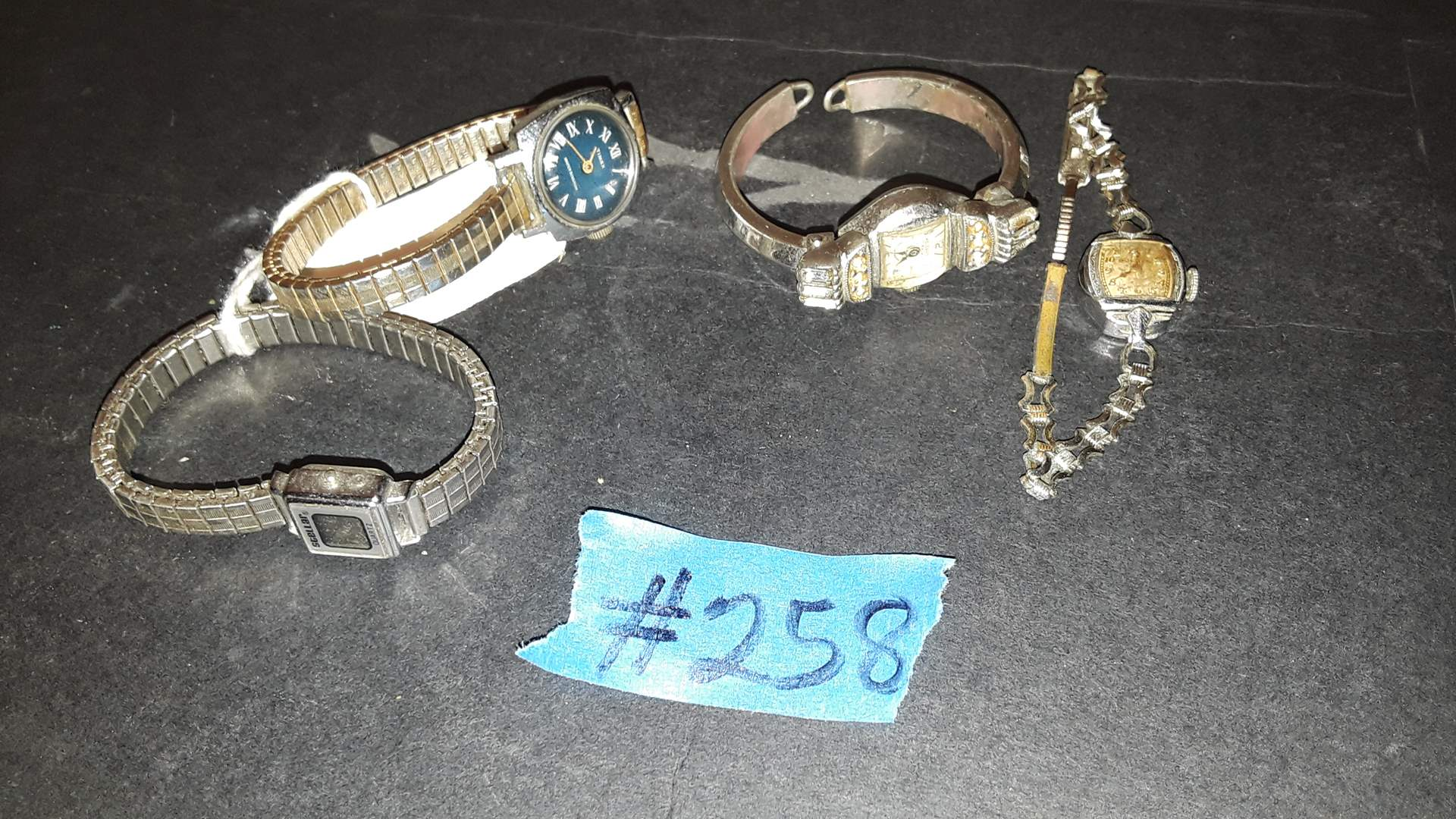 Lot # 258 VINTAGE COLLECTIBLE WATCHES, SOME HAVE DAMAGE