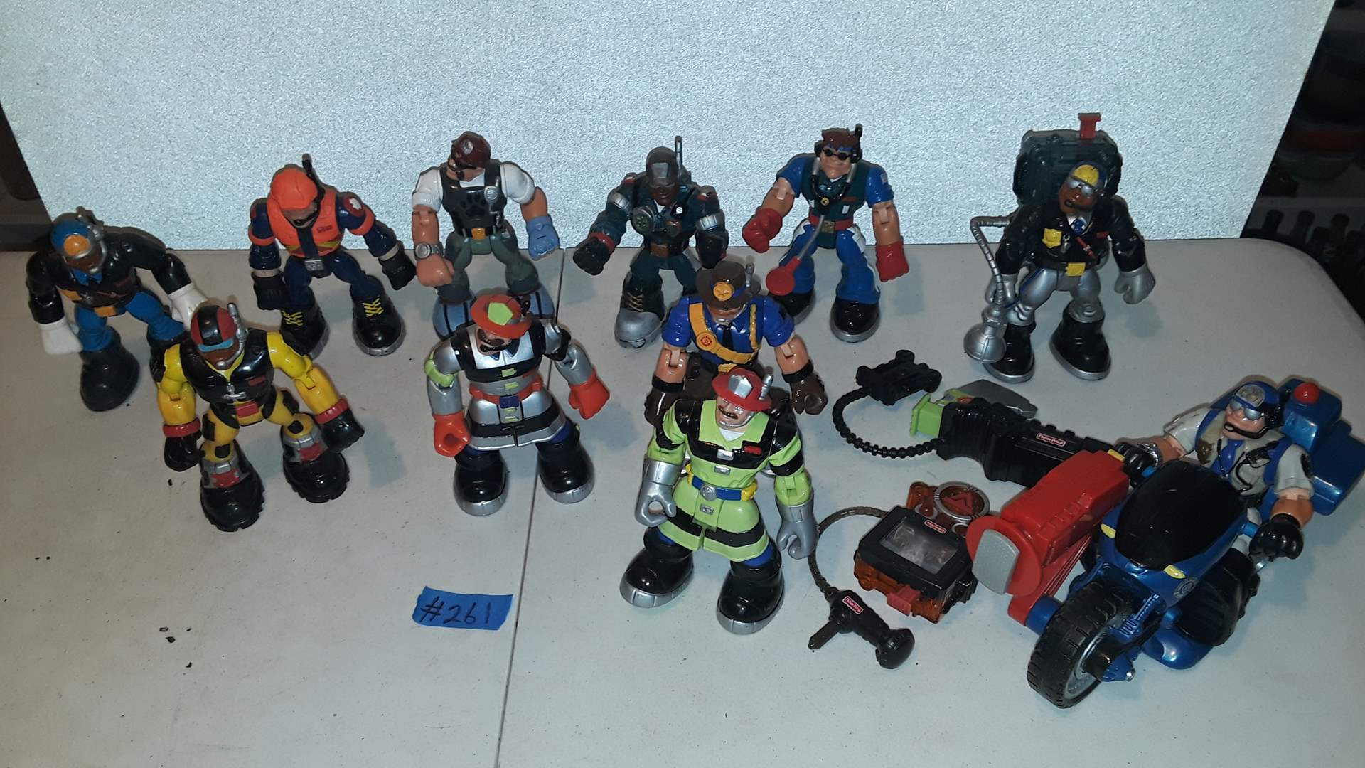 Lot # 261 MATTEL 2001 FIRST RESPONDERS ACTION FIGURES, GOOD CONDITION