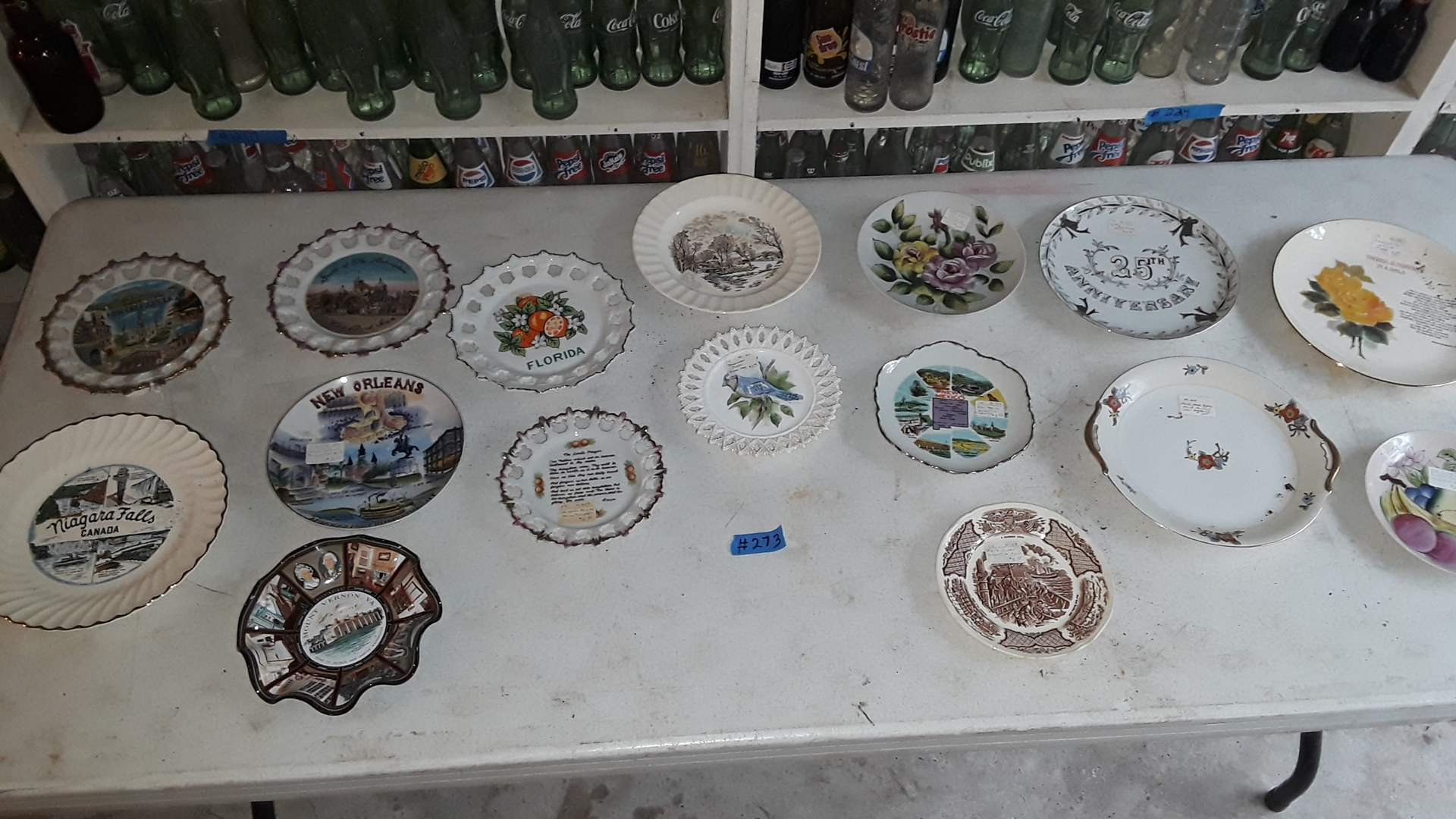 Lot # 273 VINTAGE STATE AND CITY COLLECTABLE PLATES