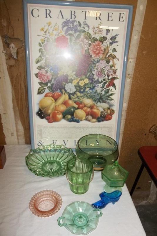 Lot of Vintage Glassware Green (main image)