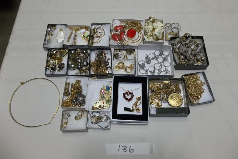 Lot #136 Vintage Costume Jewelry  (main image)