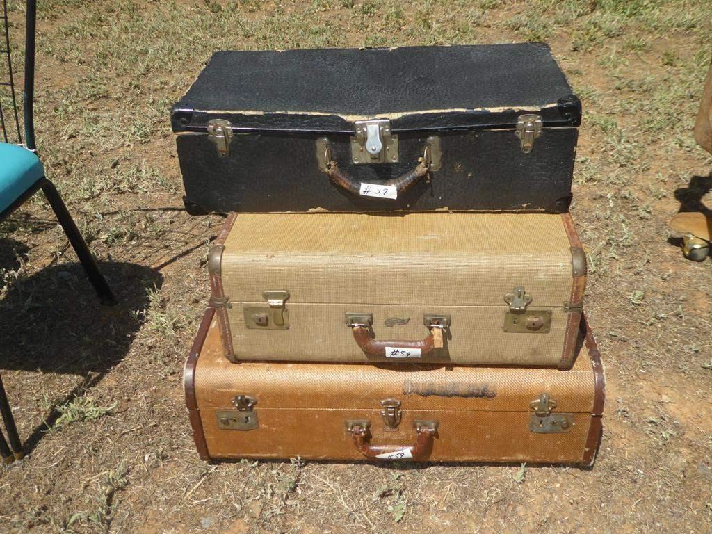 Lot # 59 - Three Vintage Suitcases (main image)
