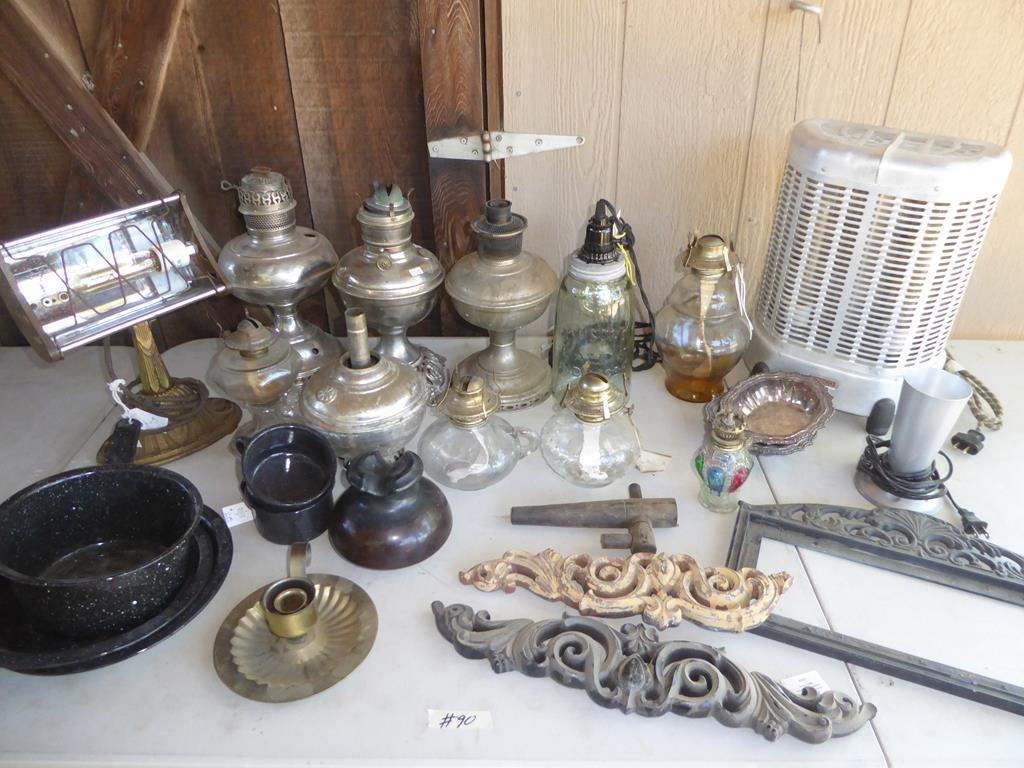 Lot # 90 - Vintage Desk Lamp, Oil Lamp Collection, Nesco Electric Heater & More (main image)