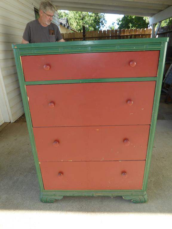 Lot # 130 - Vintage 'Kroehler' Wooden 4 Drawer Chest (dovetailed drawers) (main image)