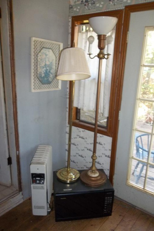 Lot #69 2 Pole Lamps, Working Microwave & Oil Heater (main image)