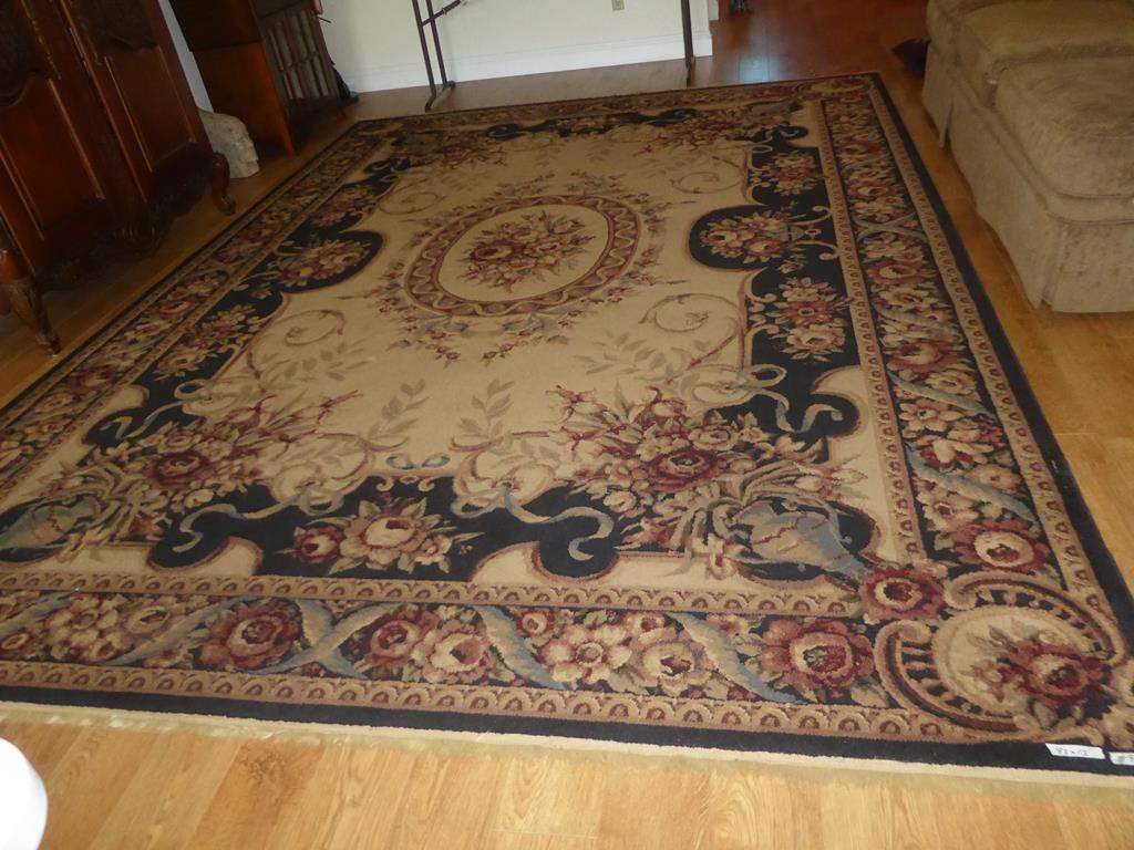 Lot # 82 - Large Shaw Rugs Floral Area Rug (main image)