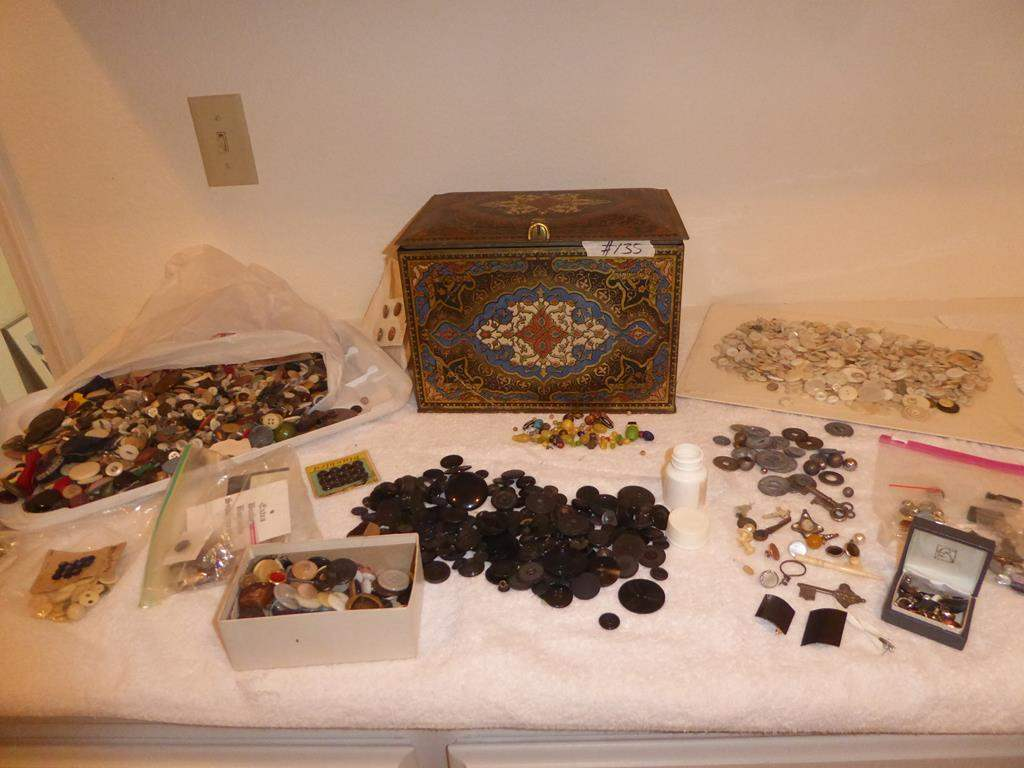 Lot # 135 - Vintage Button Collection & Old Tin (main image)