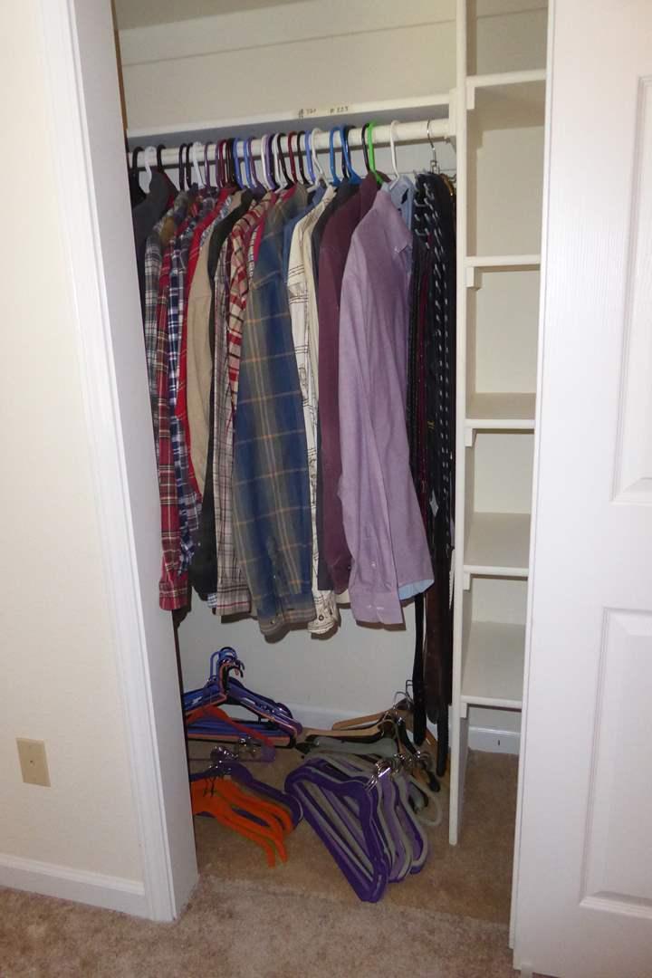 Lot # 225 - Men's Dress Shirts, Jackets & Sweaters (XL, XXL)  (main image)