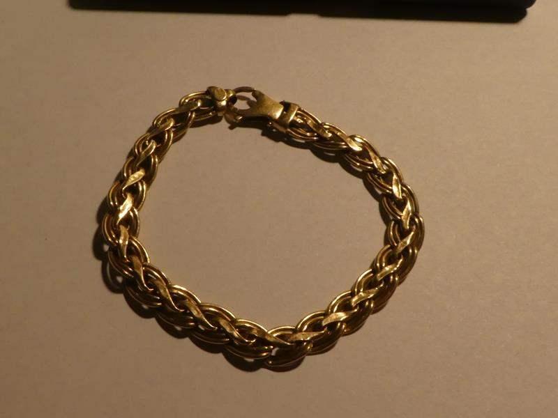 Lot # 167 - 14K Gold Bracelet Italy  - 10.3 Grams (main image)