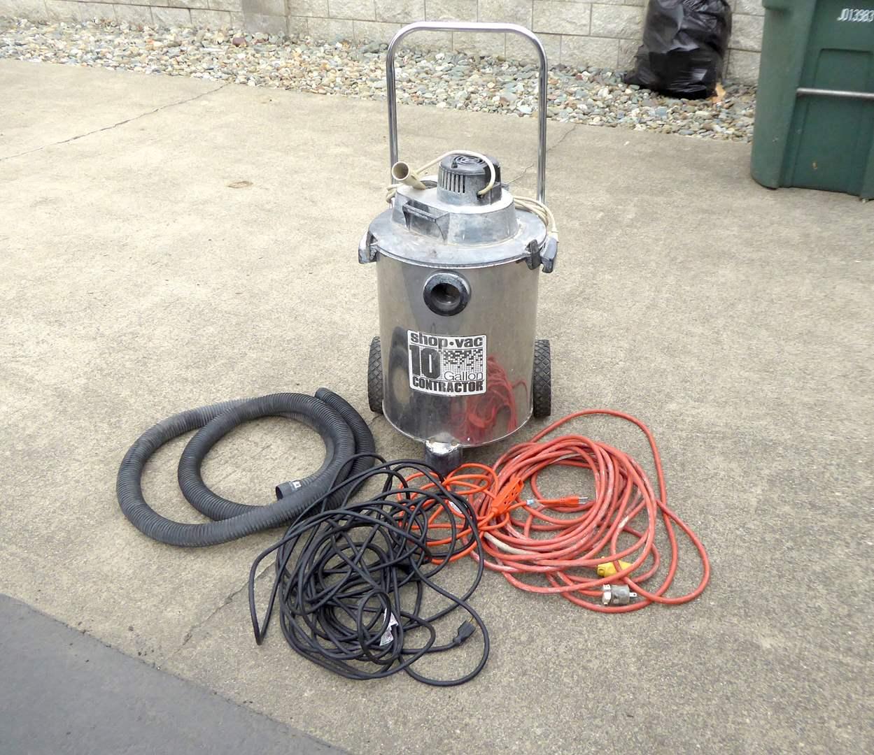Lot # 8 - 10 Gallon Contractor Shop Vac  (main image)