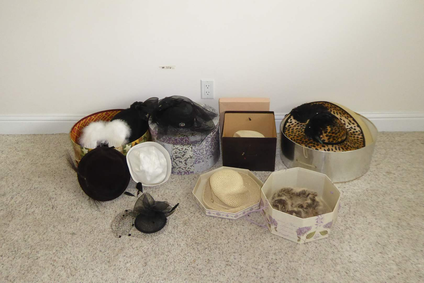 Lot # 106 - Beautiful Vintage Hats  (main image)