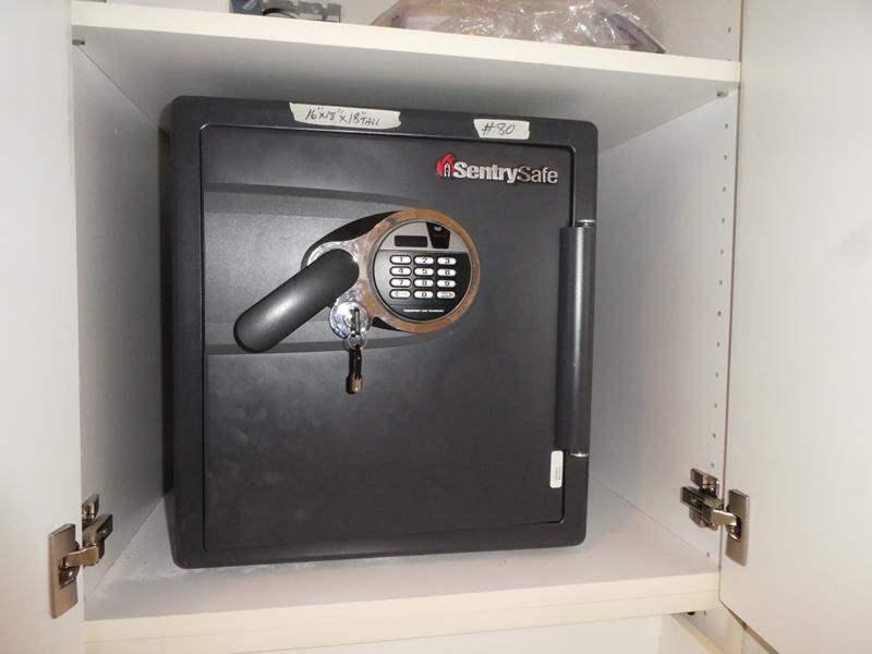 Lot # 80 - Small SentrySafe (main image)