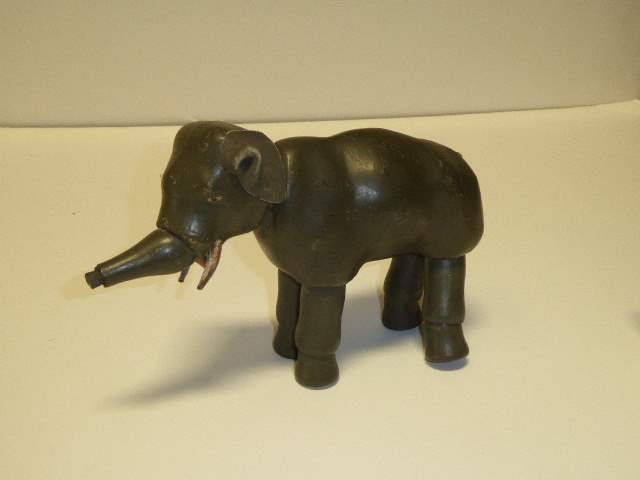 Lot # 237 - Schoenhut Elephant (Painted Eyes) Missing Trunk Tip   (main image)