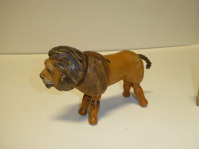 Lot # 248 - Schoenhut Lion (main image)