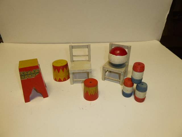 Lot # 304 - Schoenhut Accessories (Chairs, Pedestals, Barrels & Ball) (main image)