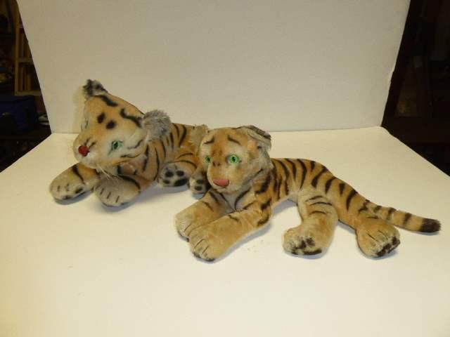 Lot # 324 - Steiff Tigers  (main image)