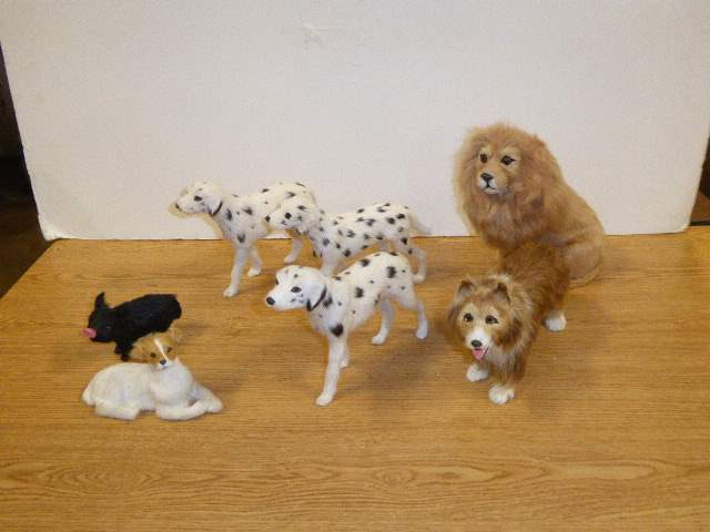 Lot # 340 - Fuzzy Lions, Dogs & Pig  (main image)