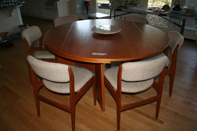 Lot #44 Large Drop Leaf Solid Wood Dining Table & Chairs  (main image)