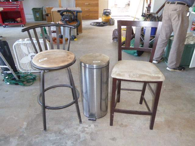 Lot # 93 - Metal Bar Stool, Wooden Bar Stool & Metal Trash Can    (main image)