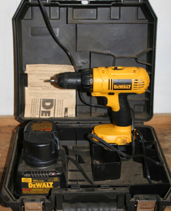 Lot #11  Dewalt Cordless Drill Driver Set in Case with Extra Battery (main image)