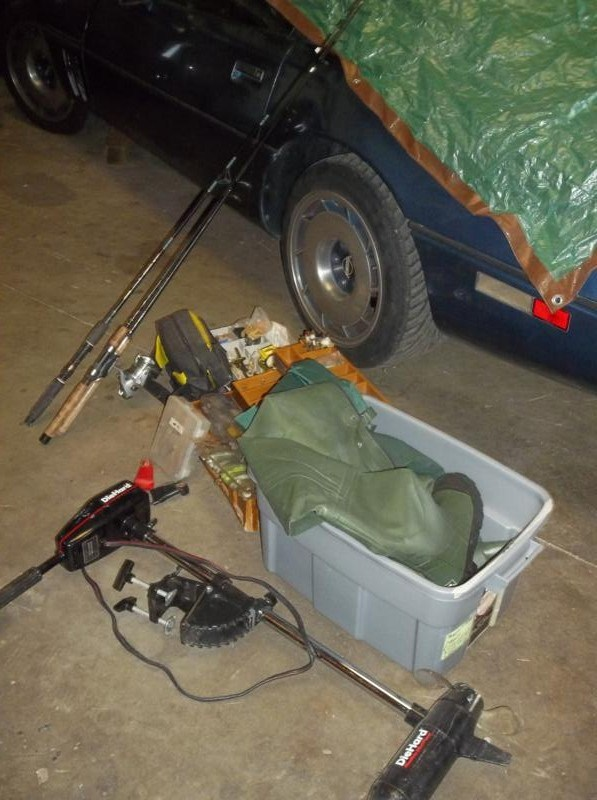 Lot #11  Fishing Tackle, Fishing Rods & Gear, Trolling Motor (main image)
