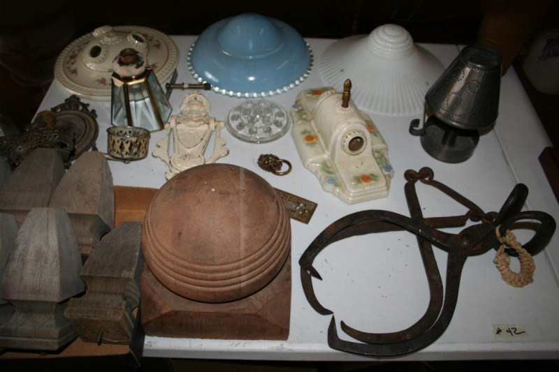 Lot #42 Vintage Collectible Light Fixtures, Hardware and Post Tops (main image)