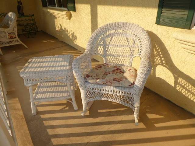 Lot # 3 - White Wicker Chair & Small White Wicker Side Table   (main image)