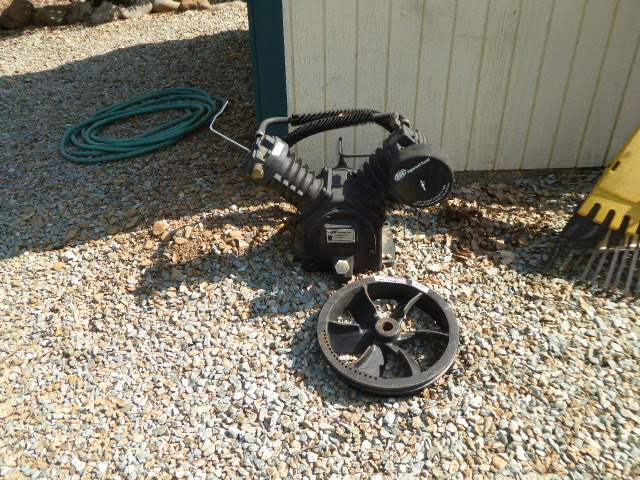 Lot # 37 - Ingersoll Rand Air Compressor Model:2475 (Has Compression)  (main image)