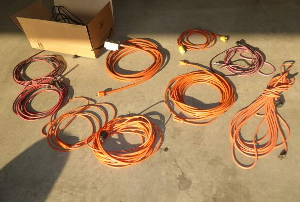 Lot # 68 - Extension Cord Lot  (main image)