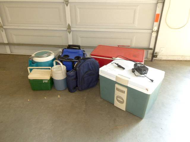 Lot # 75 - Rubbermaid Plug In Cooler, Vintage Metal Cooler & Other Coolers & Bags  (main image)