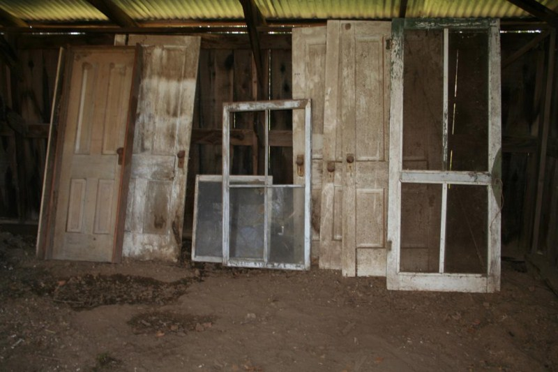 Lot #23 - Old Windows and Doors For Crafts/Display/Funky Decor  (main image)