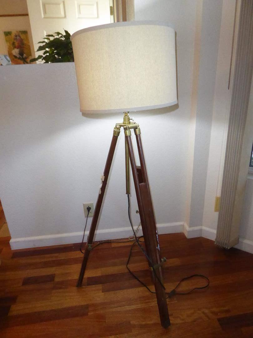 Lot # 51 - Vintage Transit Made Floor Lamp Adjustable Base (main image)