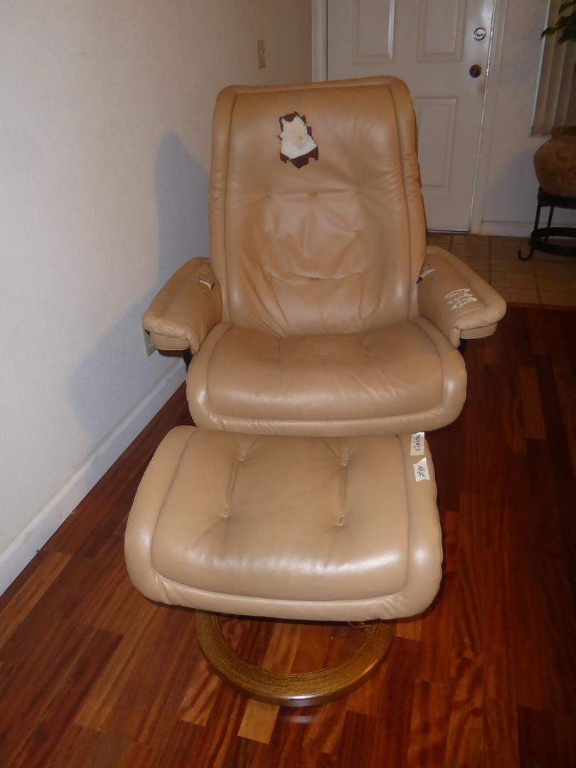 Lot # 94 - Ekornes Stressless Beige Leather Recliner & Ottoman - Needs Restoration (main image)