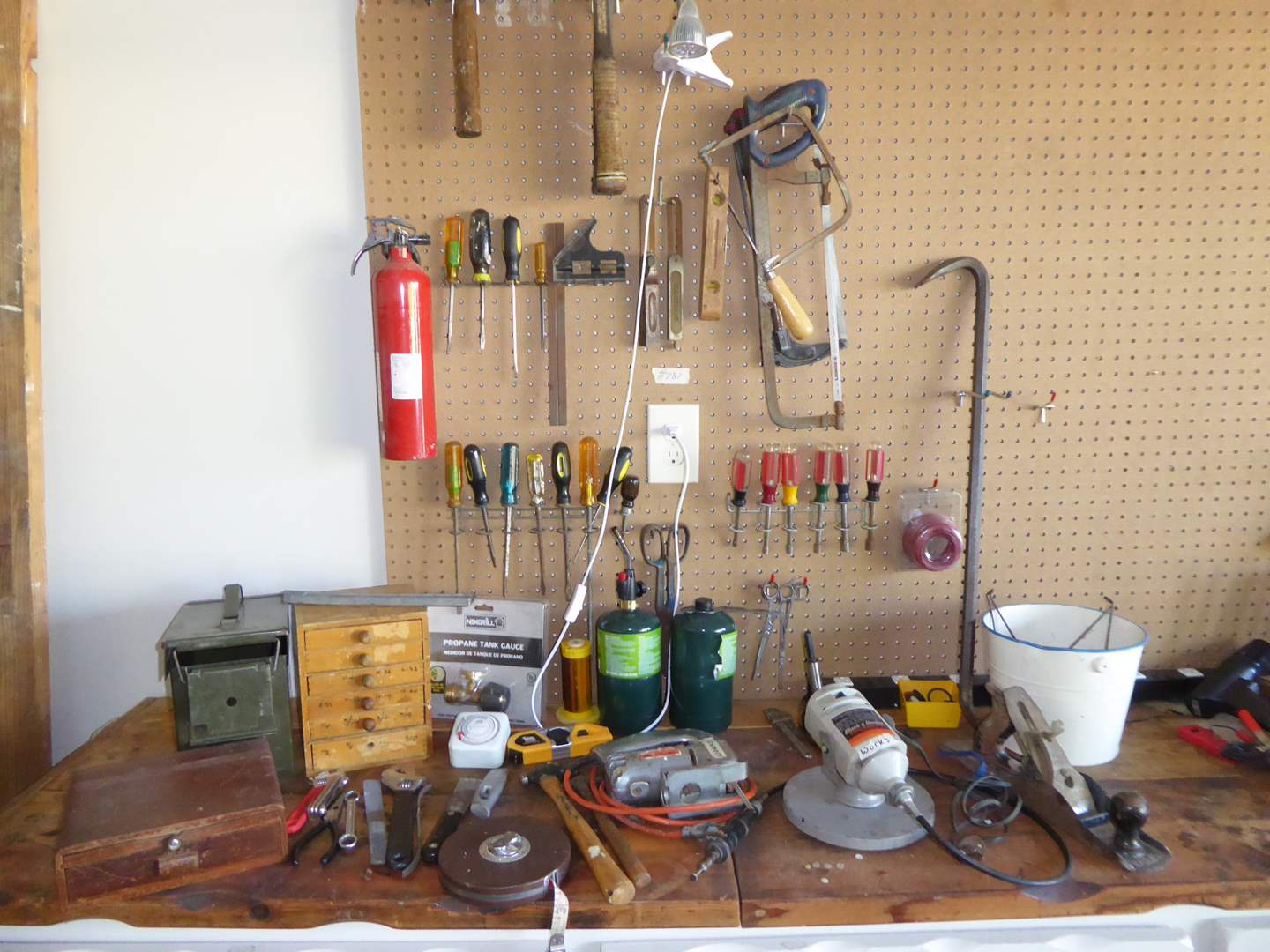 Lot # 181 - B&D Rotary Hobby Tool & Saw & Miscellaneous Tools & Hardware  (main image)