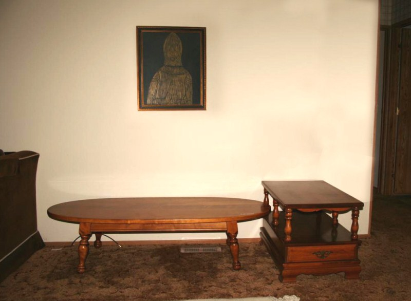 Lot #12 ~ Coffee Table, Occasional / End Table & Framed Artwork (main image)