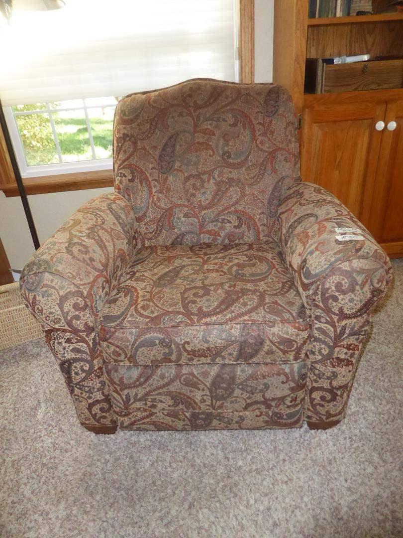 Lot # 50 - LA-Z-BOY Designer's Choice Upholstered Recliner (main image)