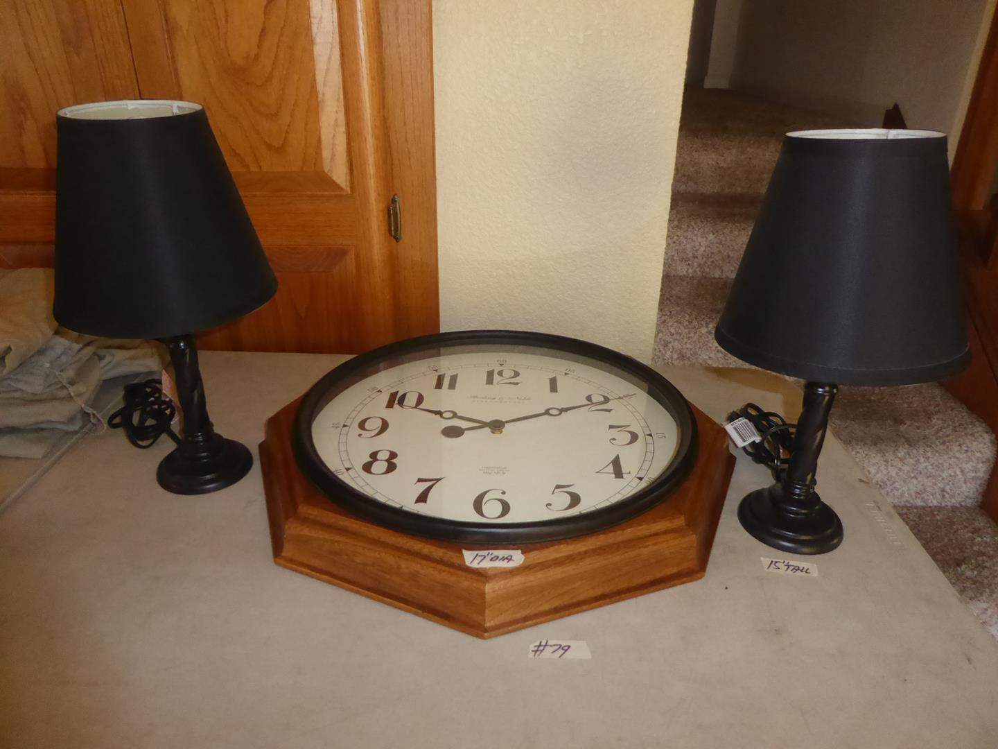 Lot # 79 - Pair Dresser Lamps & Battery Operated Wall Clock (main image)