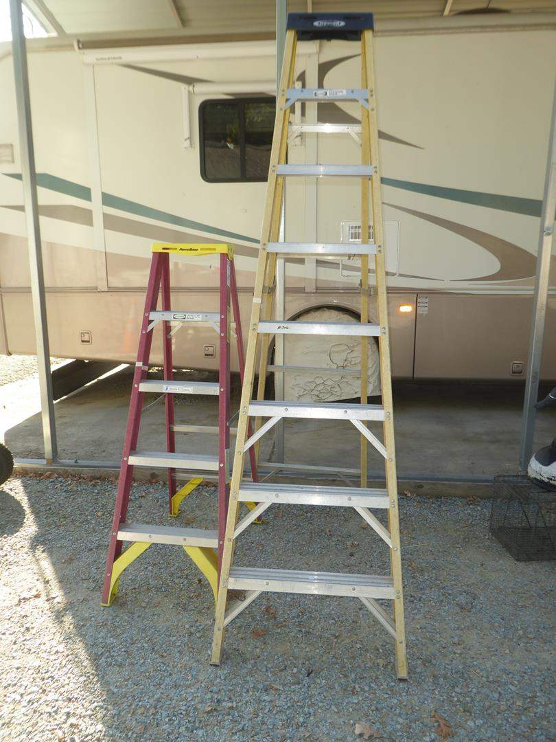 Lot # 306 - Two Werner Ladders 8' & 5' (main image)