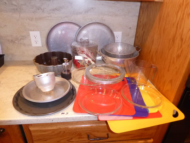 Lot # 3 - Pizza Pans, Pie Pans & Cookie Cutters (main image)
