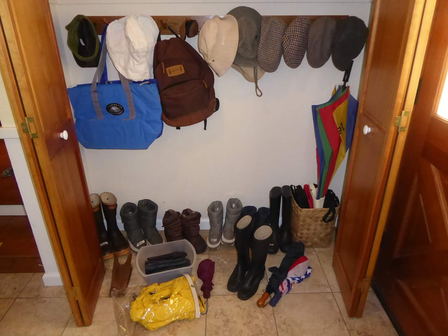 Lot # 45 - Hats, Bags, Umbrellas & Boots (Mens and Women's Boots)  (main image)