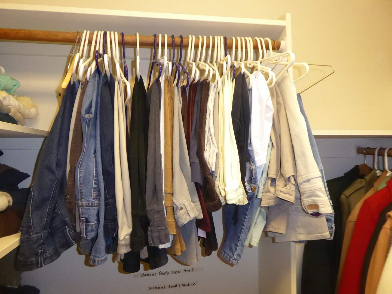 Lot # 225 - Women's Pants Size 4-6 (Petite)  (main image)