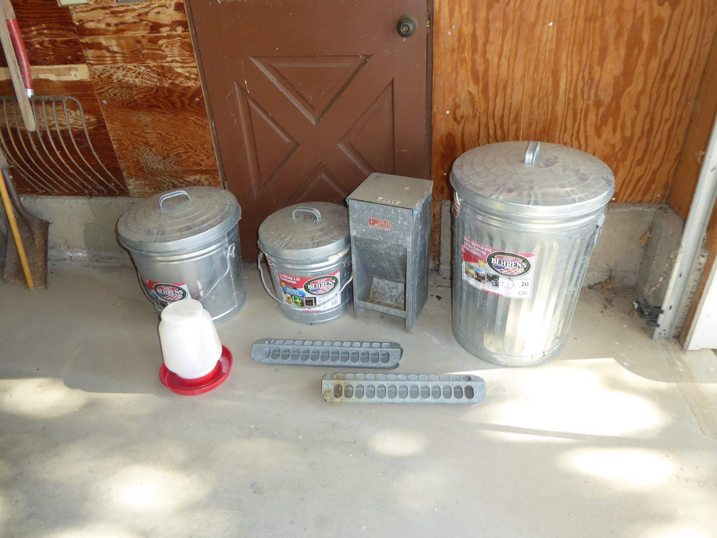 Lot # 239 - Chicken Feeders & Small Locking Lid Containers (main image)