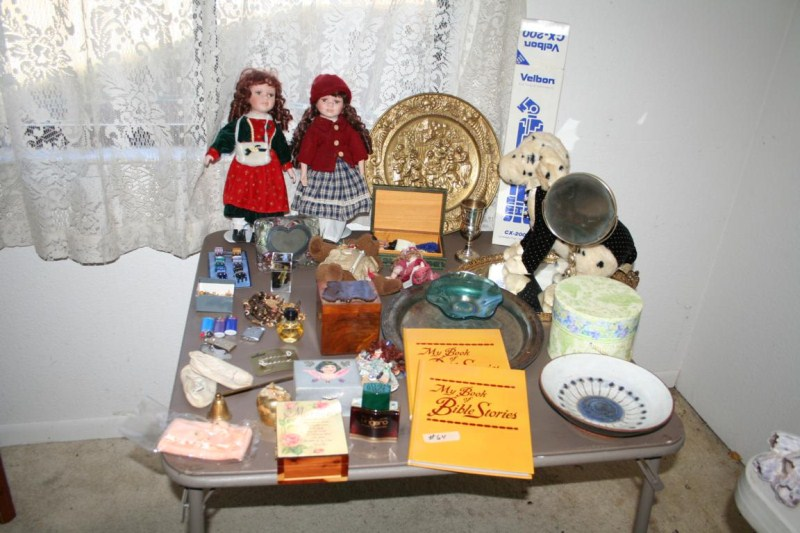 Lot #64 ~ Variety Lot: Jewelry & Jewelry Boxes, Vanity Items, Tripod, Dolls etc (main image)