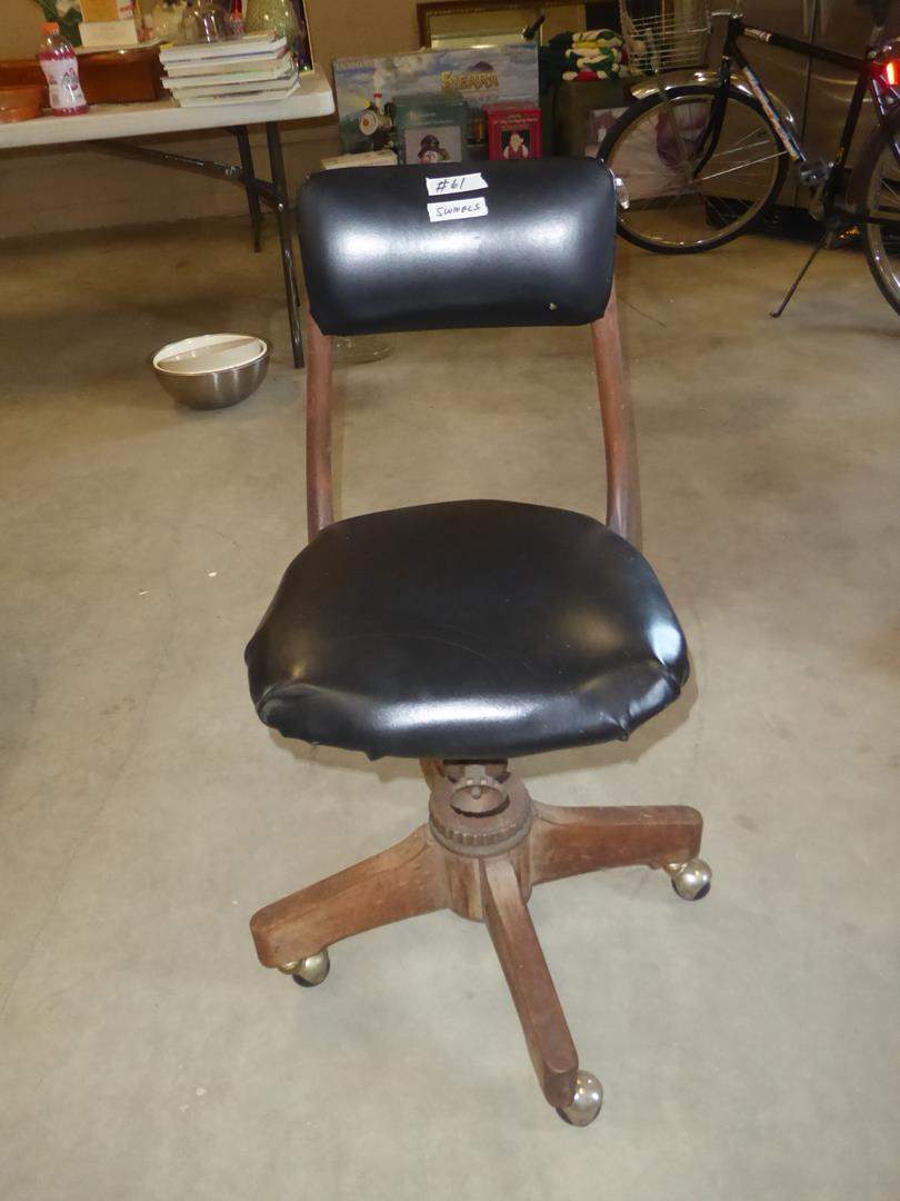 Lot # 61 - 'The Sikes Company' Vintage Office Chair (main image)