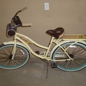 Lot # 67 - 'Panama Jack' Vintage Style Ladies Bike