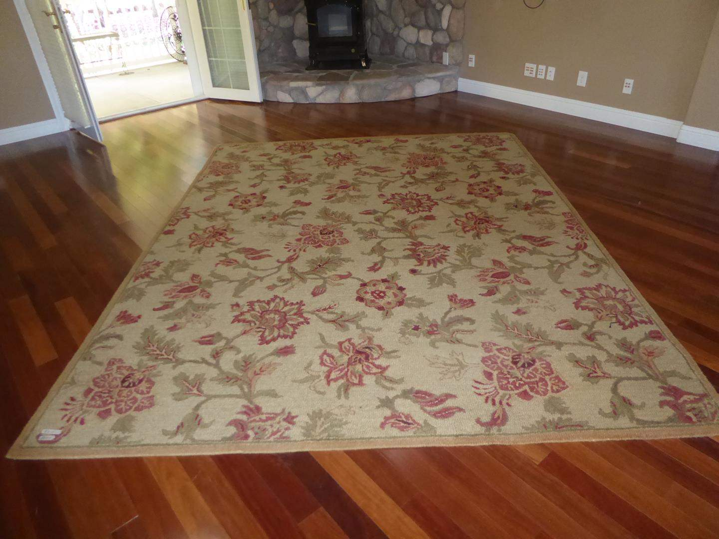 Lot # 154 - 8' x 10' Handtufted Wool Area Rug (main image)