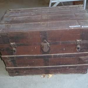 Lot # 247 - Vintage Steamer Trunk
