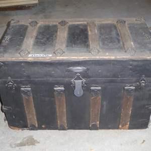 Lot # 248 - Vintage Steamer Trunk